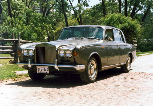 Rolls-Royce Silver Shadow street scenes seventies/eighties